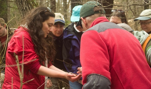 Brett Amy Thelen conducts vernal pool training